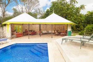 1944_med_BEAM-REACH-PATIO-POOLVIEW